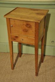 Charmante table Directoire