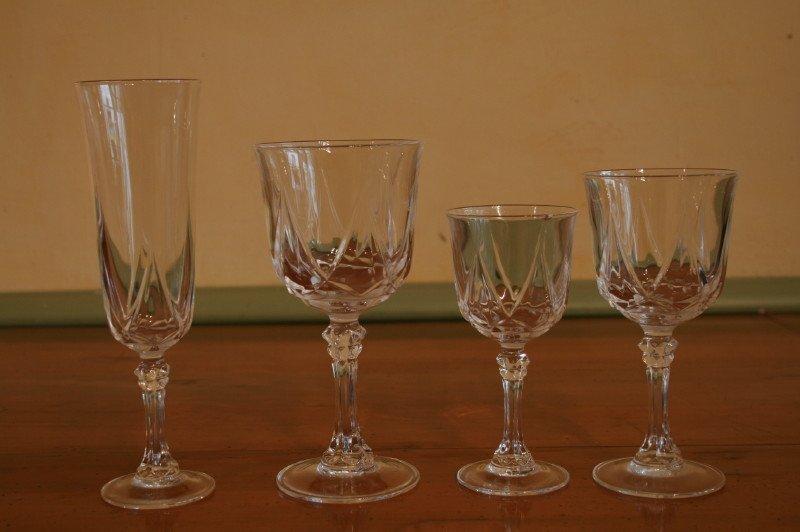 Esemble de verres à pieds