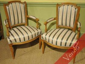 Paire de fauteuils cabriolets époque Louis XVI
