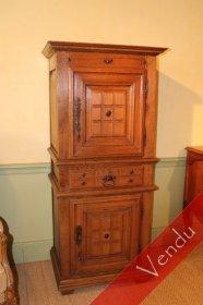 bertrand barnet antiquaire armoires. Black Bedroom Furniture Sets. Home Design Ideas