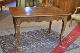 Petite table Louis XV