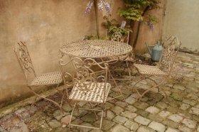 Bertrand Barnet - Antiquaire - Salons de jardin et Gloriette fer ...