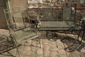 Salon de jardin, le banc 2 places et 2 fauteuils