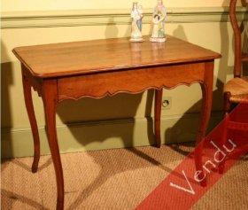 Table de salon Louis XV